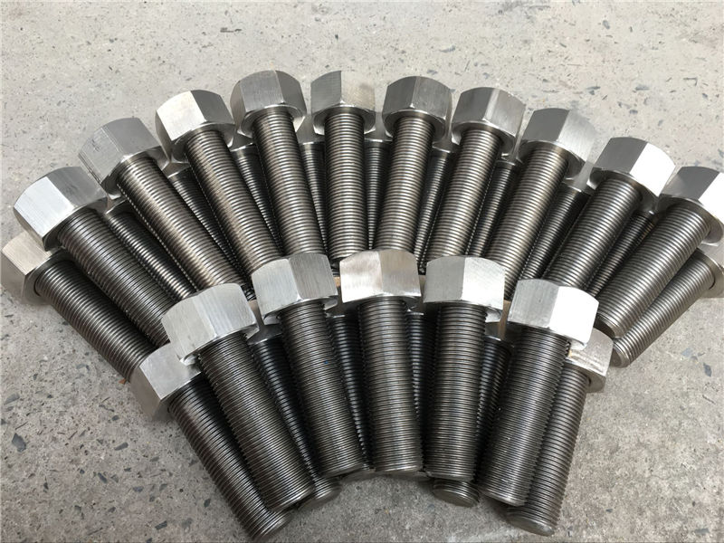 Kancing bolts C / W Heavy Hex Nuts