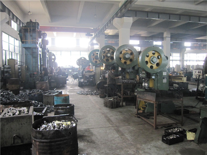 Hot forged machine