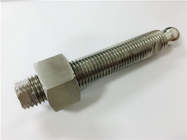 Nr.22 - Individualizuotas CNC frezavimo nerūdijančio plieno rutulinis galvos varžtas ir tvirtinimo detalė