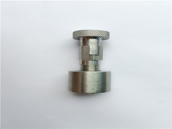 ss304, 316l, 317l ,ss410 carriage bolt with round nut, non-standard fasteners